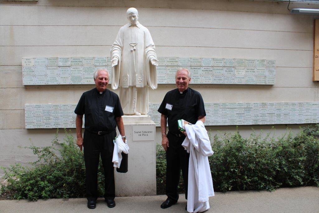 Fr Gielows SVP Statue - Paris